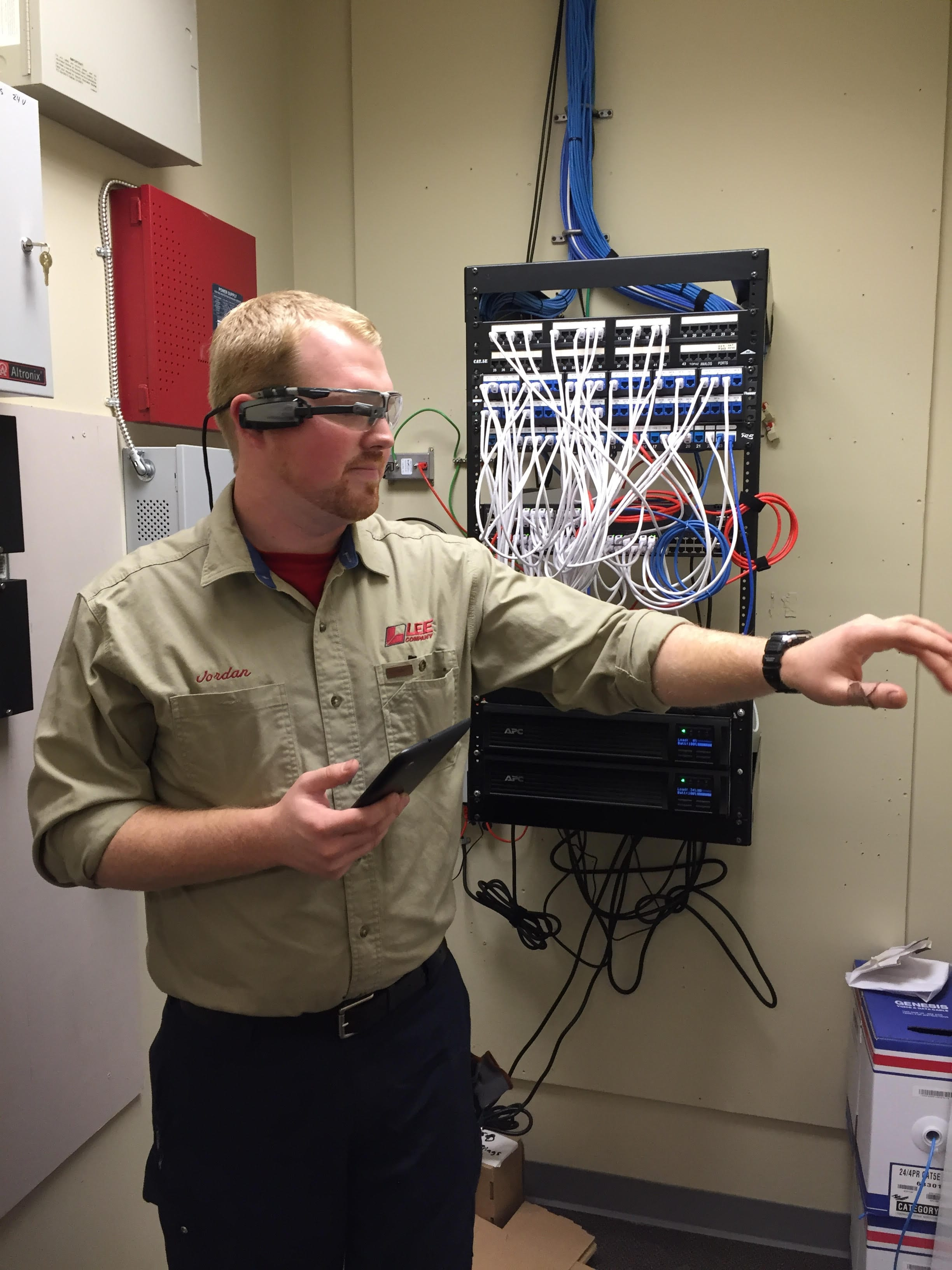 Lee Company Fights Brain Drain With Massive Smart Glasses