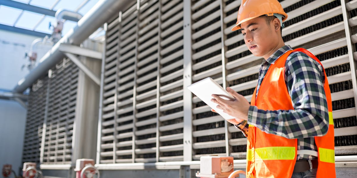 Preparing for a Connected World: How Field Service Unlocks the IoT for Industry